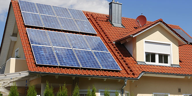 Home Solar Is On The Rise: Here's How To Take Advantage